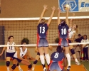 800px-Volleyball_game